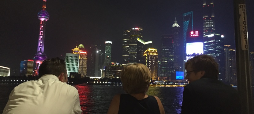 5 ways NOT to tell your kids you're moving to China (withoutthem)