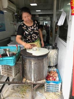 Making jiangbing